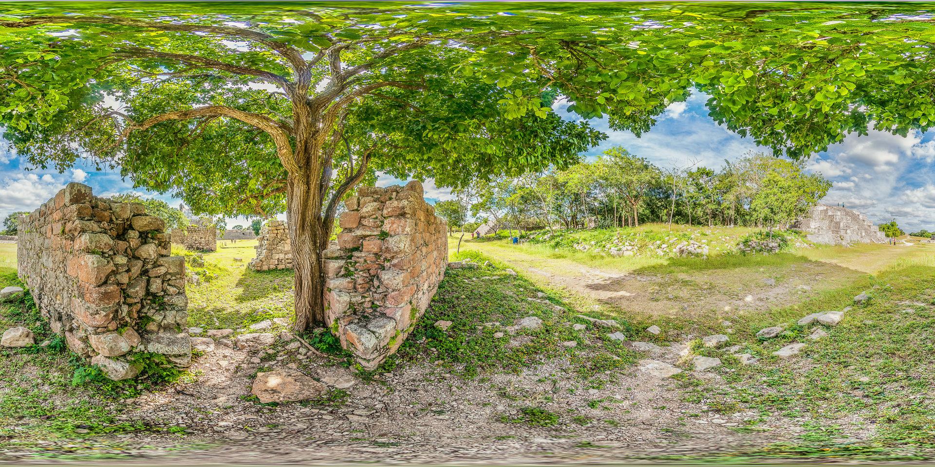 Mayastätte von Dzibilchaltún bei Mérida in Mexiko